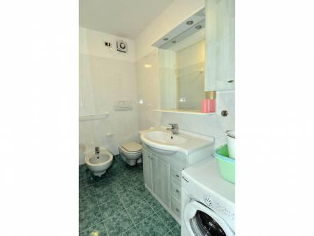 Apartament 232