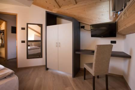 Apartament 3-pokojowy 6-osobowy na poddaszu