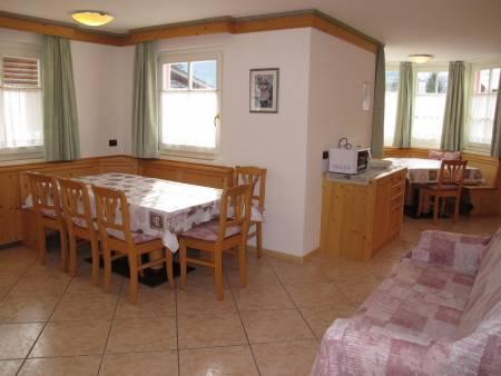 Apartament 230
