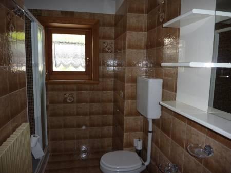 Apartament 3-pokojowy - łazienka